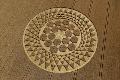 cubes-cropcircle